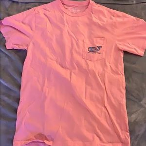 Vineyard Vines crab pink orange pocket tee.
